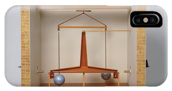 Model Of A Gravitational Experiment Phone Case by Dorling Kindersley/uig