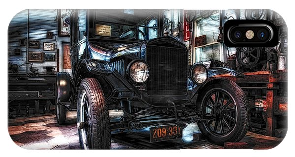 Model T In Hdr IPhone Case
