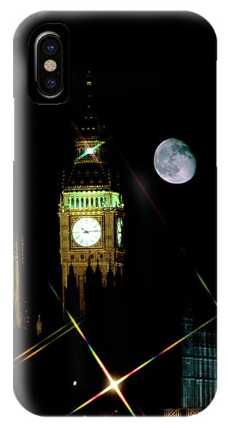 Moon Over Big Ben Phone Case by Robin Scagell/science Photo Library
