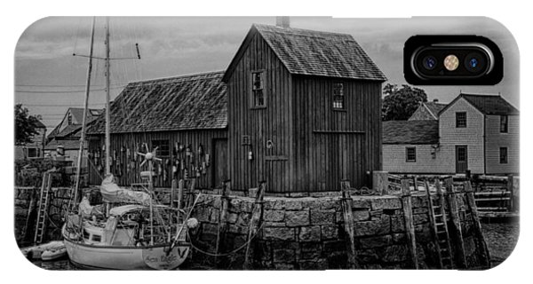 New England Barn iPhone Case - Motif Number 1 - Rockport Harbor Bw by Stephen Stookey