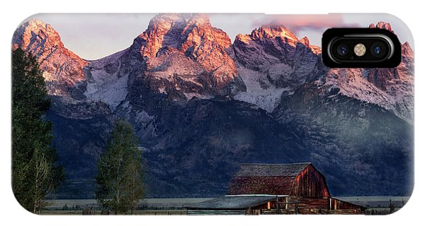 Teton iPhone Case - Moulton Barn by Leland D Howard