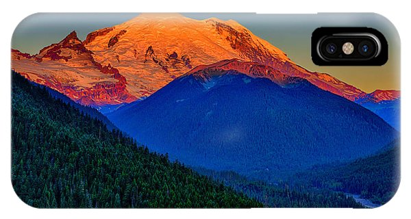 Mount Rainier Alpenglow IPhone Case