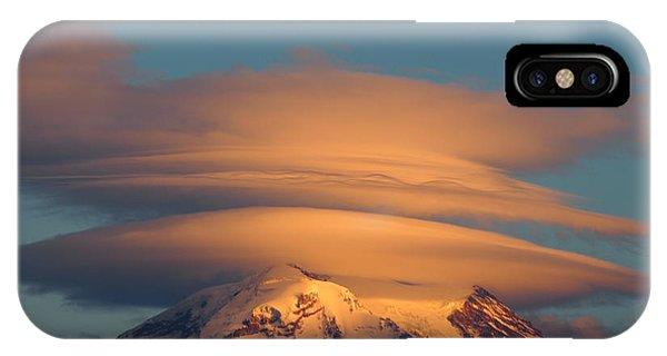 Mount Rainier In November  IPhone Case