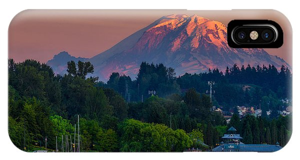Mt Rainier Sunset At The Lake  IPhone Case