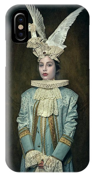 Swan iPhone X Case - My Swan Hat by Carola Kayen-mouthaan