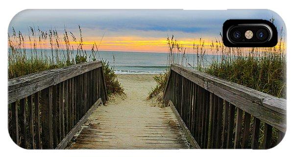Myrtle Beach Morning Walk  Phone Case by Donald Hovis Jr