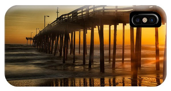 Nags Head Fishing Pier IPhone Case