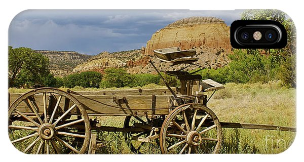 New Photographic Art Print For Sale Ghost Ranch New Mexico 13 IPhone Case