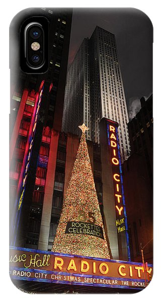 New York Christmas Phone Case by Stephen Richards