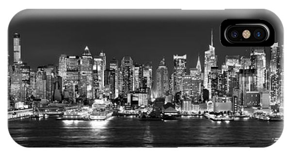 New York City Nyc Skyline Midtown Manhattan At Night Black And White IPhone Case