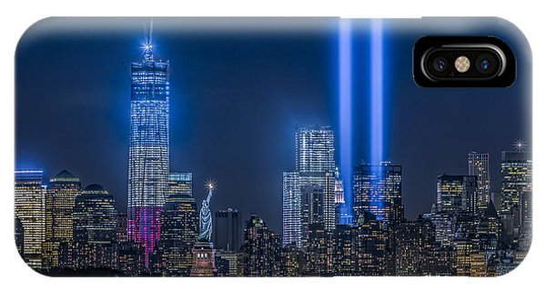 Statue Of Liberty iPhone Case - New York City Tribute In Lights by Susan Candelario