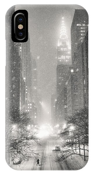 Chrysler Building iPhone Case - New York City - Winter Night Overlooking The Chrysler Building by Vivienne Gucwa