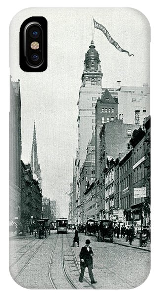 New York  Lower Broadway, Looking North Phone Case by Mary Evans Picture Library
