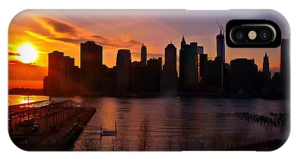 New York Skyline Sunset -- From Brooklyn Heights Promenade IPhone Case