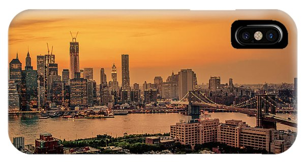 City Sunset iPhone Case - New York Sunset - Skylines Of Manhattan And Brooklyn by Vivienne Gucwa