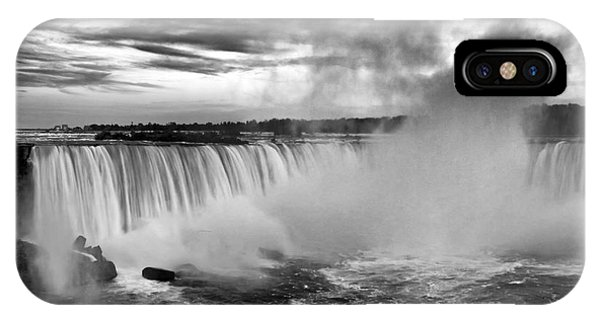 Niagara Falls Black White IPhone Case