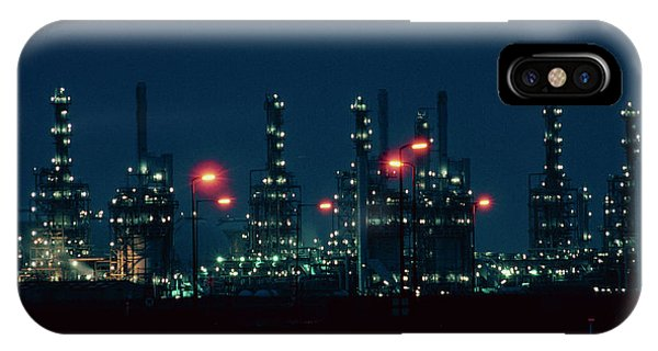 Night View Of Ici Chemical Works Phone Case by Martin Bond/science Photo Library