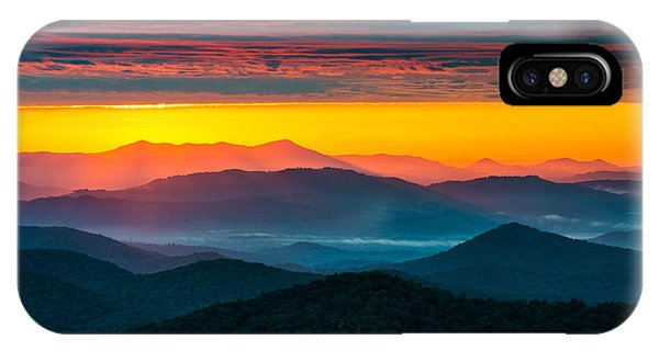 North Carolina Blue Ridge Parkway Morning Majesty IPhone Case