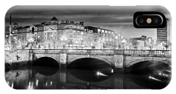 O Connell Bridge At Night - Dublin - Black And White IPhone Case