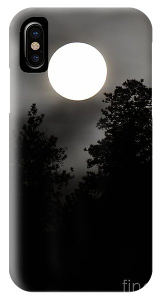 October Full Moon IIi Phone Case by Phil Dionne