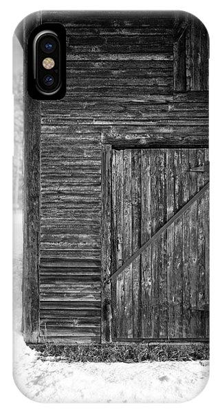 New England Barn iPhone Case - Old Barn Door Windsor Vermont by Edward Fielding