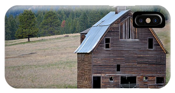 Old Barn In Washington IPhone Case