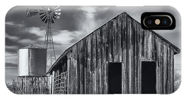 IPhone Case featuring the photograph Old Barn No Wind by Mark Myhaver