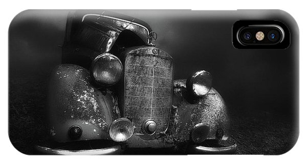 Wreck iPhone Case - Old Benz In The Fog by Holger Droste