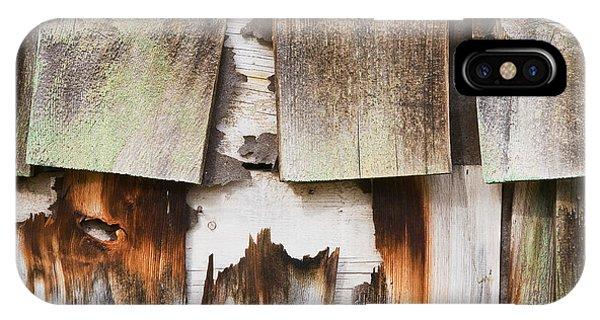 Old Cedar Shingles 1735 Phone Case by Bob Hills