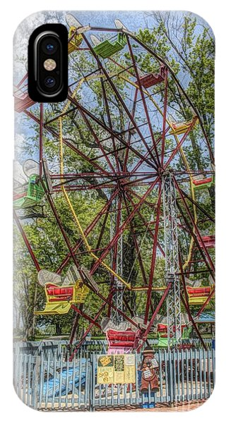 Old Fashioned Ferris Wheel IPhone Case