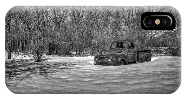 Old Timer In The Snow IPhone Case