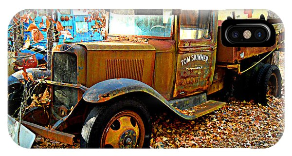 Old Tom Skinner's Truck IPhone Case
