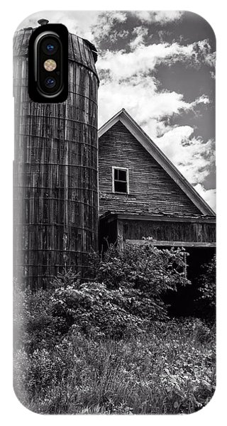 Silo iPhone Case - Old Vermont Barn And Silo by Edward Fielding