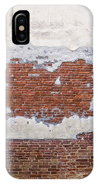 Old Worn Out Wall In Venice Phone Case by Francesco Rizzato