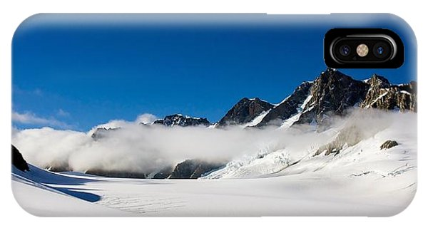 On Fox Glacier IPhone Case