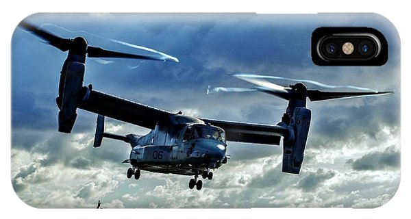 Ospreys iPhone Case - Osprey Approach by Benjamin Yeager