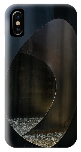 Steel iPhone Case - Oval Steel by Luc Vangindertael (lagrange)