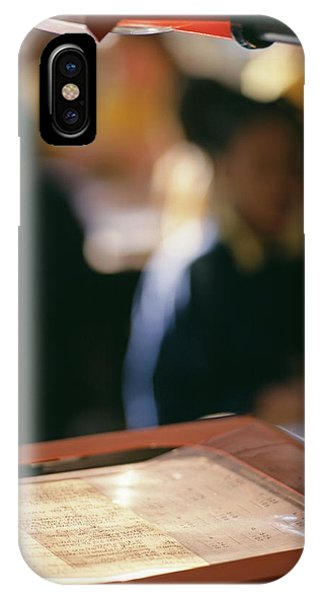 Classroom iPhone Case - Overhead Projector by Martin Riedl/science Photo Library
