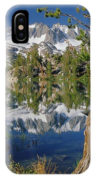 2m6443-v-palisade Peaks And Summit Lake V IPhone Case