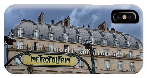 Paris Metro iPhone Case - Paris Metropolitain Sign At The Paris Hotel Du Louvre Metropolitain Sign Art Noueveau Art Deco by Kathy Fornal