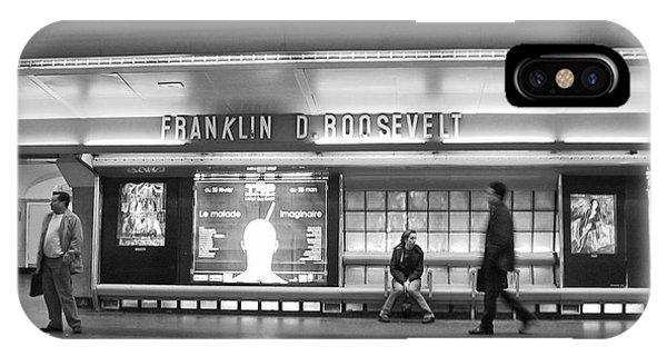 Paris Metro - Franklin Roosevelt Station IPhone Case