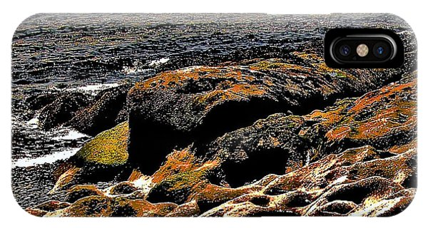 Pebble Worn Rock IPhone Case