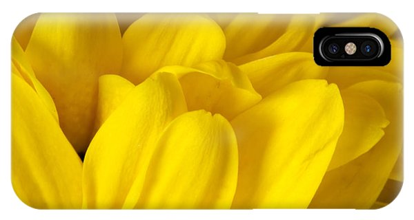 Petals Of A Yellow Daisy Phone Case by S Cass Alston