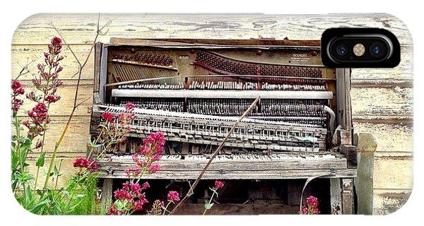 Vintage iPhone Case - Piano by Julie Gebhardt