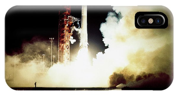 Centaur iPhone Case - Pioneer 11 Launch by Nasa/science Photo Library