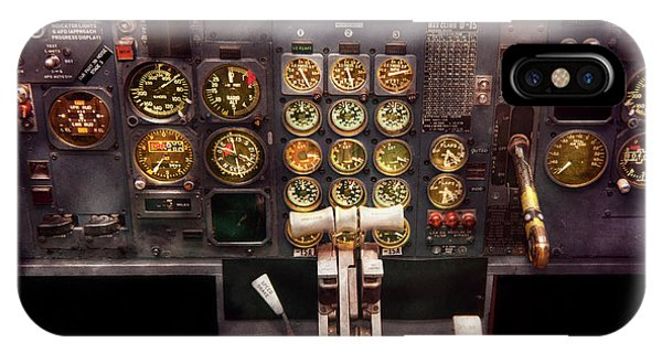 Plane - Cockpit - Boeing 727 - The Controls Are Set IPhone Case