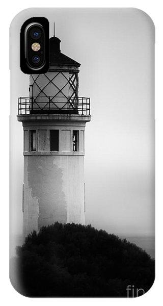 Pointe Vincente Lighthouse IPhone Case