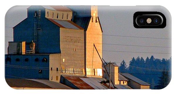 Pratum Co-op Willamette Valley IPhone Case