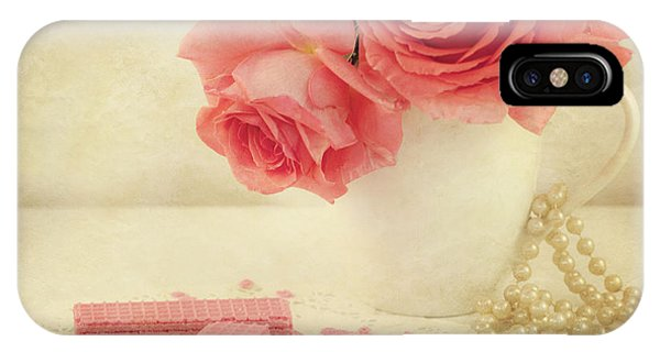 Pink Flower iPhone Case - Pretty In Pink by Juli Scalzi