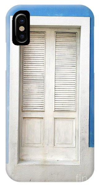 Puerta En El Viejo San Juan IPhone Case